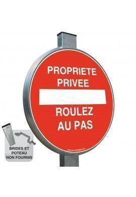 Propriété Privée, Roulez au Pas - Panneau type routier avec rebord