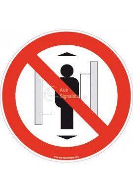 Panneau Ne pas utiliser les Ascenseurs