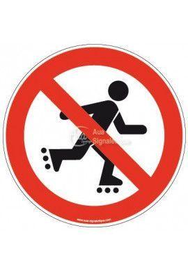 Panneau Personne en roller interdite