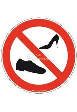 Panneau Chaussures interdites