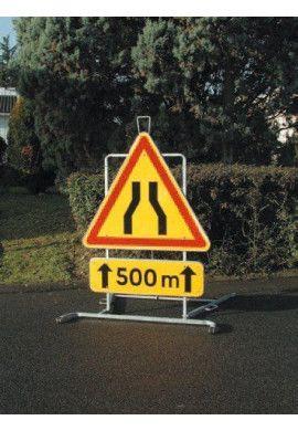 Support pour grand panneaux routier