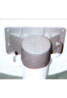 Poteau PVC équipé BS50 sur pointe ( à enfoncer)