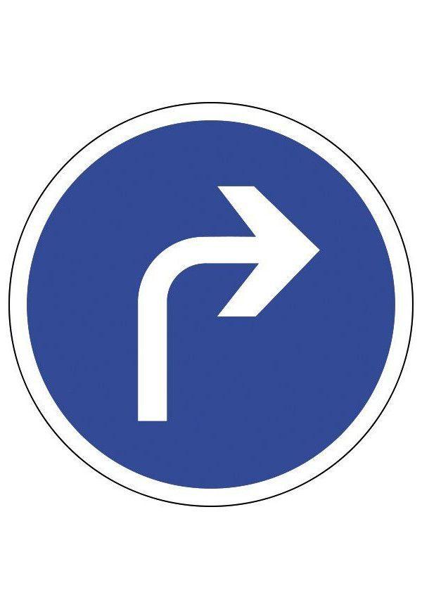 Panneau Tout droit à droite - B21c1