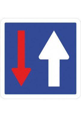 Panneau Priorité par rapport à la circulation - C18