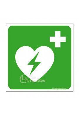 Défibrillateur automatique externe pour coeur E010