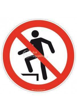Interdiction de marcher sur la surface P019