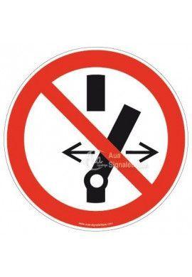 Ne pas modifier la position de l'interrupteur P031